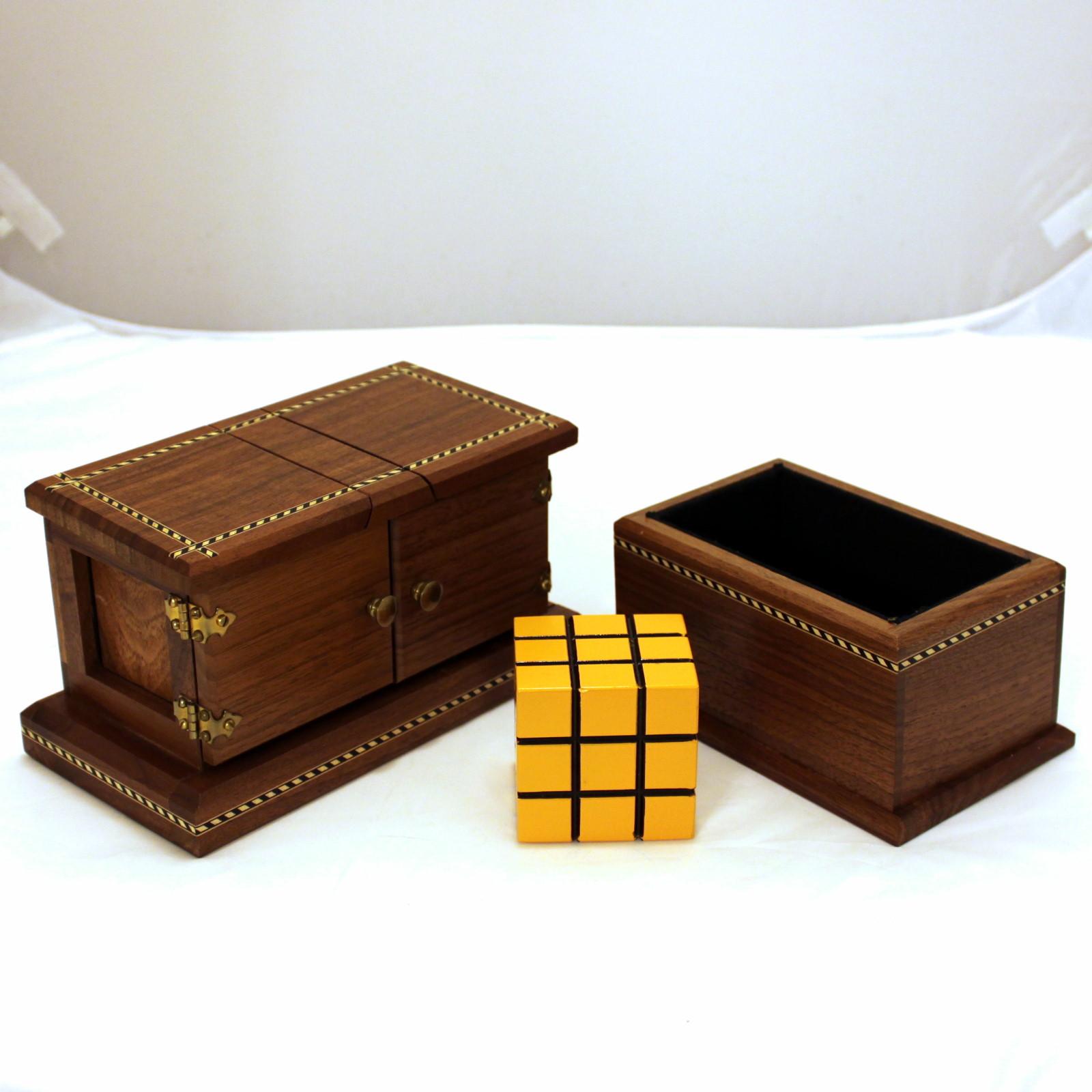 See-Thru Block and Flap Box Extra by Mel Babcock