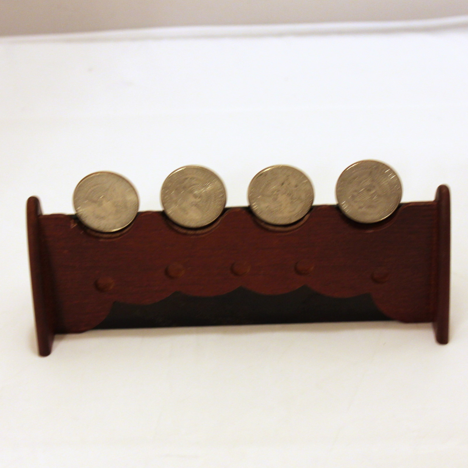 Coin Stand Deluxe by Mikame Craft
