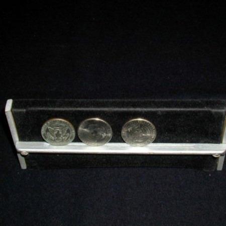 Coin Vanishing Stand - Haenchen by Haenchen