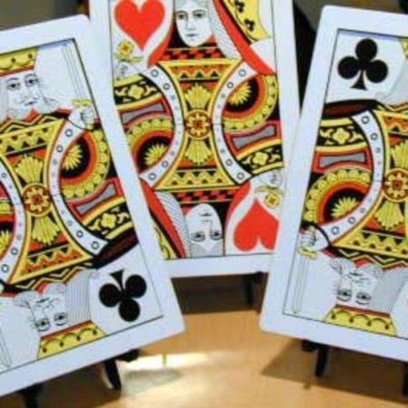 Three Card Monte - Giant by Mak Magic