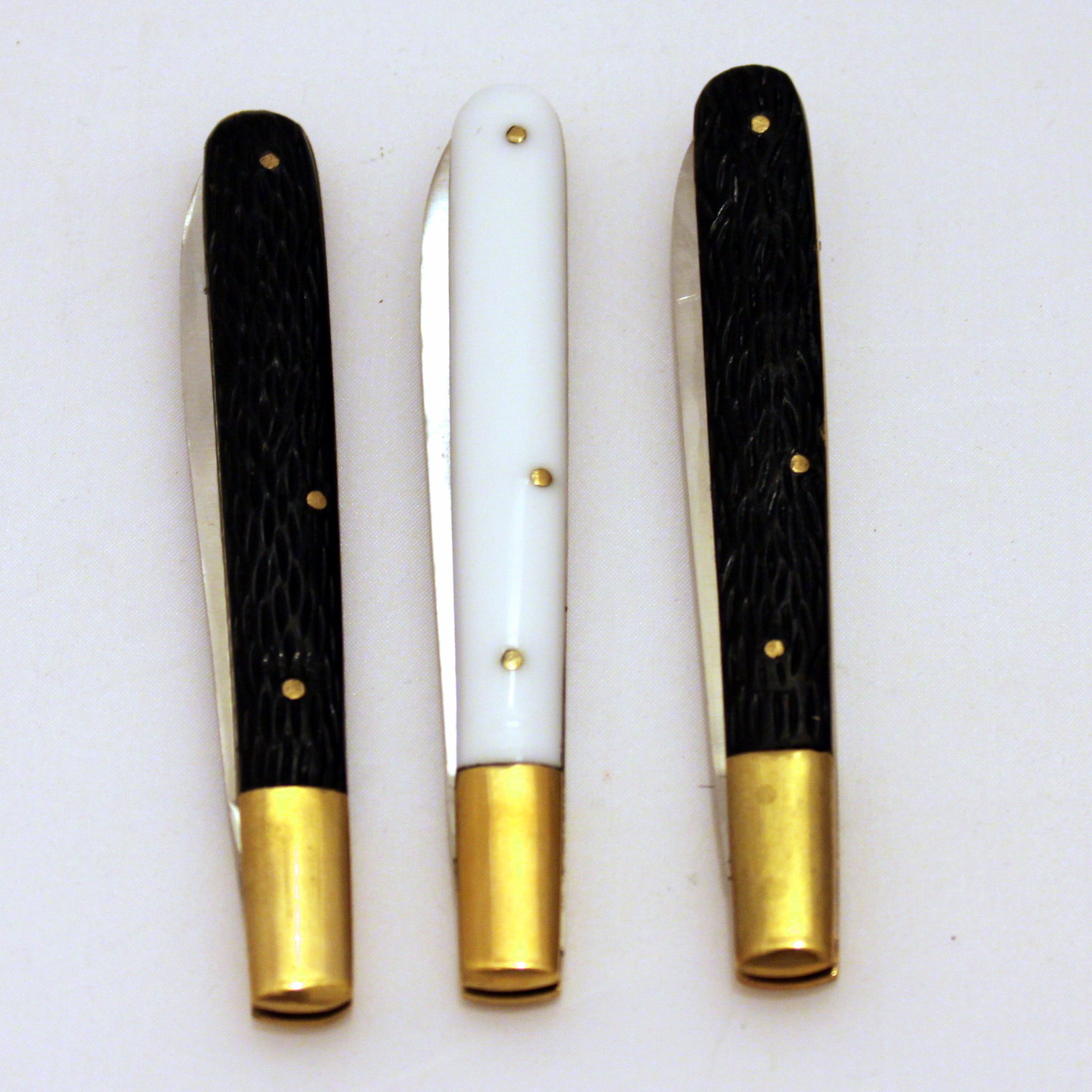 Giant Stag/White Knives by Joe Mogar