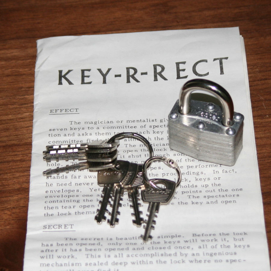 Key-R-Rect by Merriss Magic
