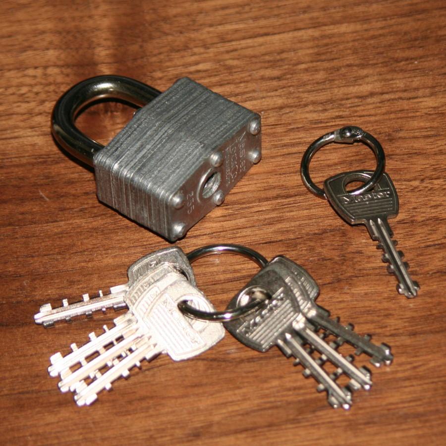 Key-R-Rect by Merriss Magic
