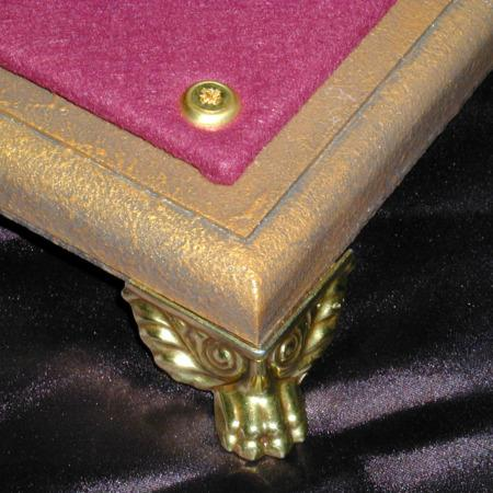 Master's Close-Up Table by Arlen Studio