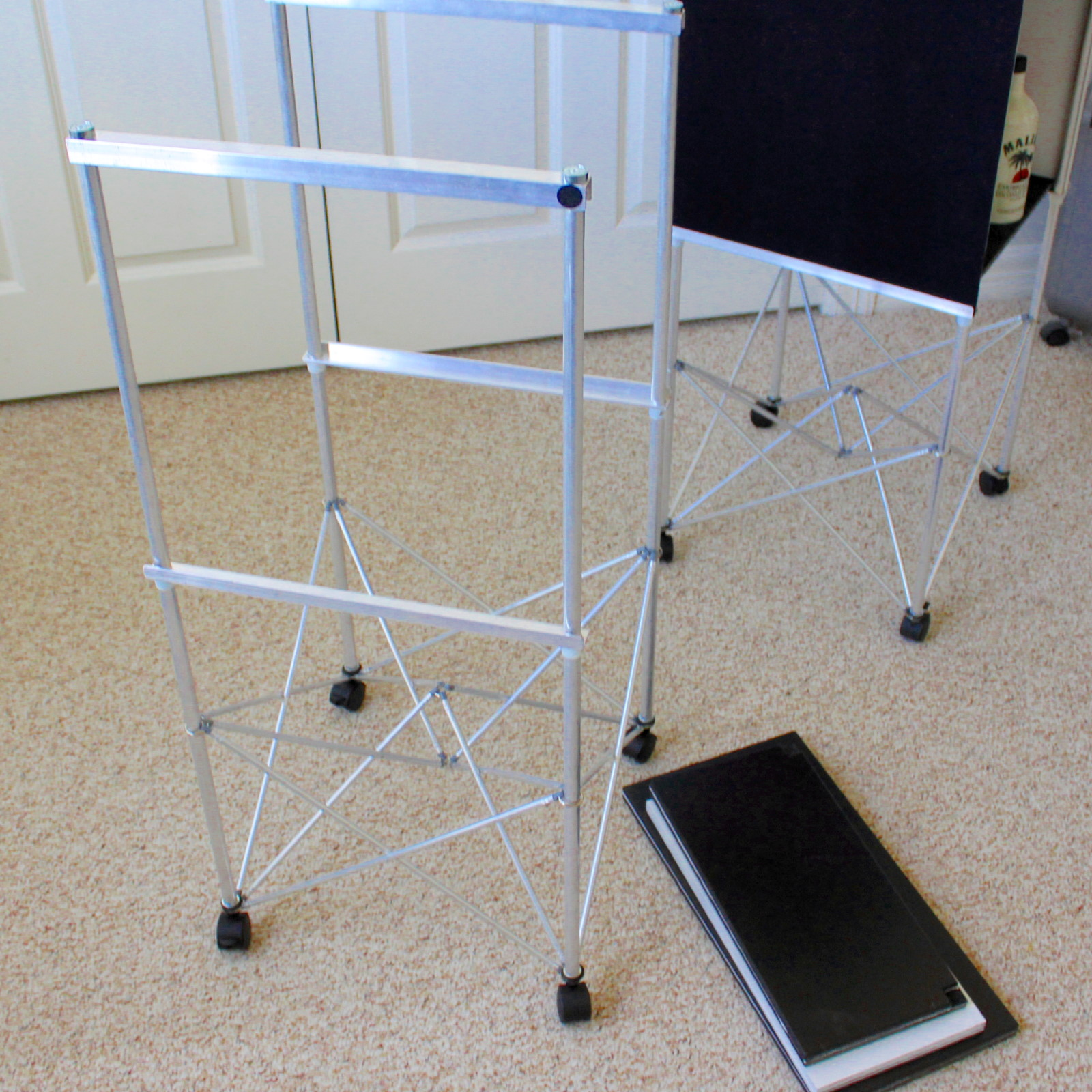 Qble - Cube Table by Spider