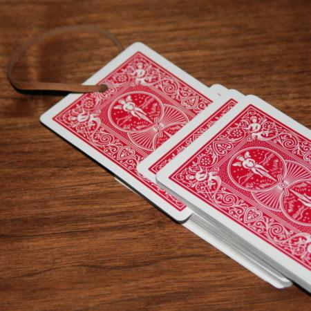 Rubber Band Card by El Duco's Magic