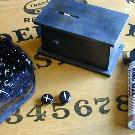 Runes Surprise by Martin's Magic