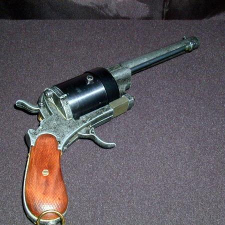 Silk Pistol by Magic Hands