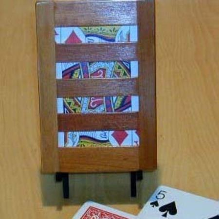Slat Card Frame by Owen Magic Supreme