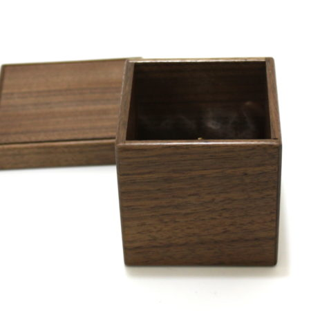 Clairvoyant Box by Mikame Craft
