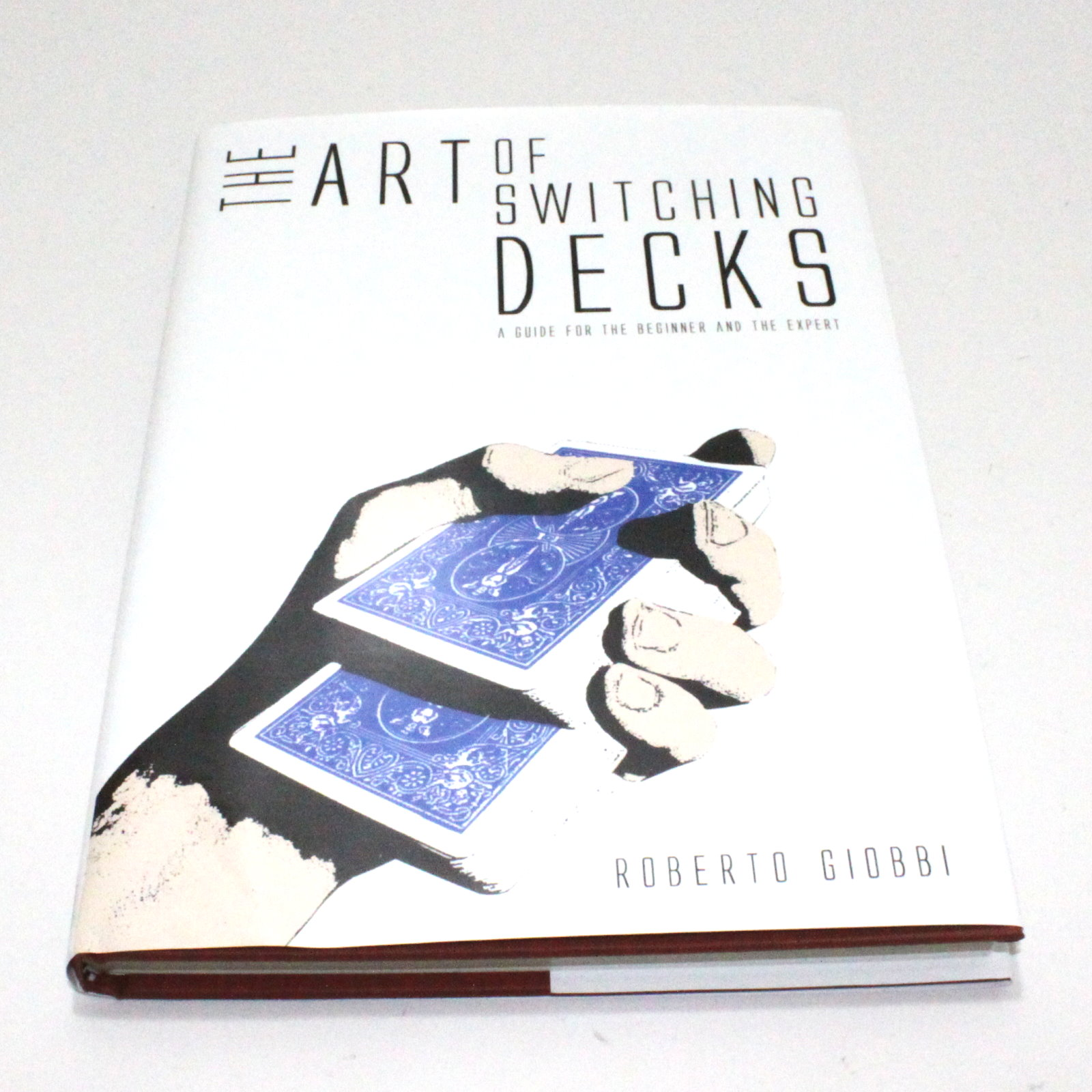 The Art of Switching Decks by Roberto Giobbi, Hermetic Press