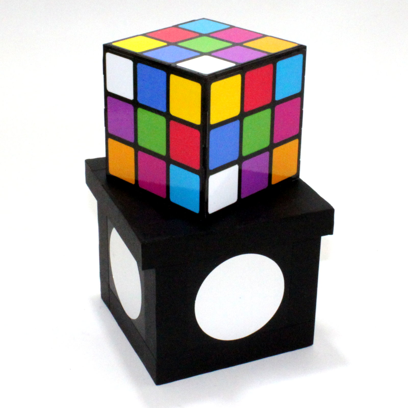 Color Changing Rubik by Tora Magic Company