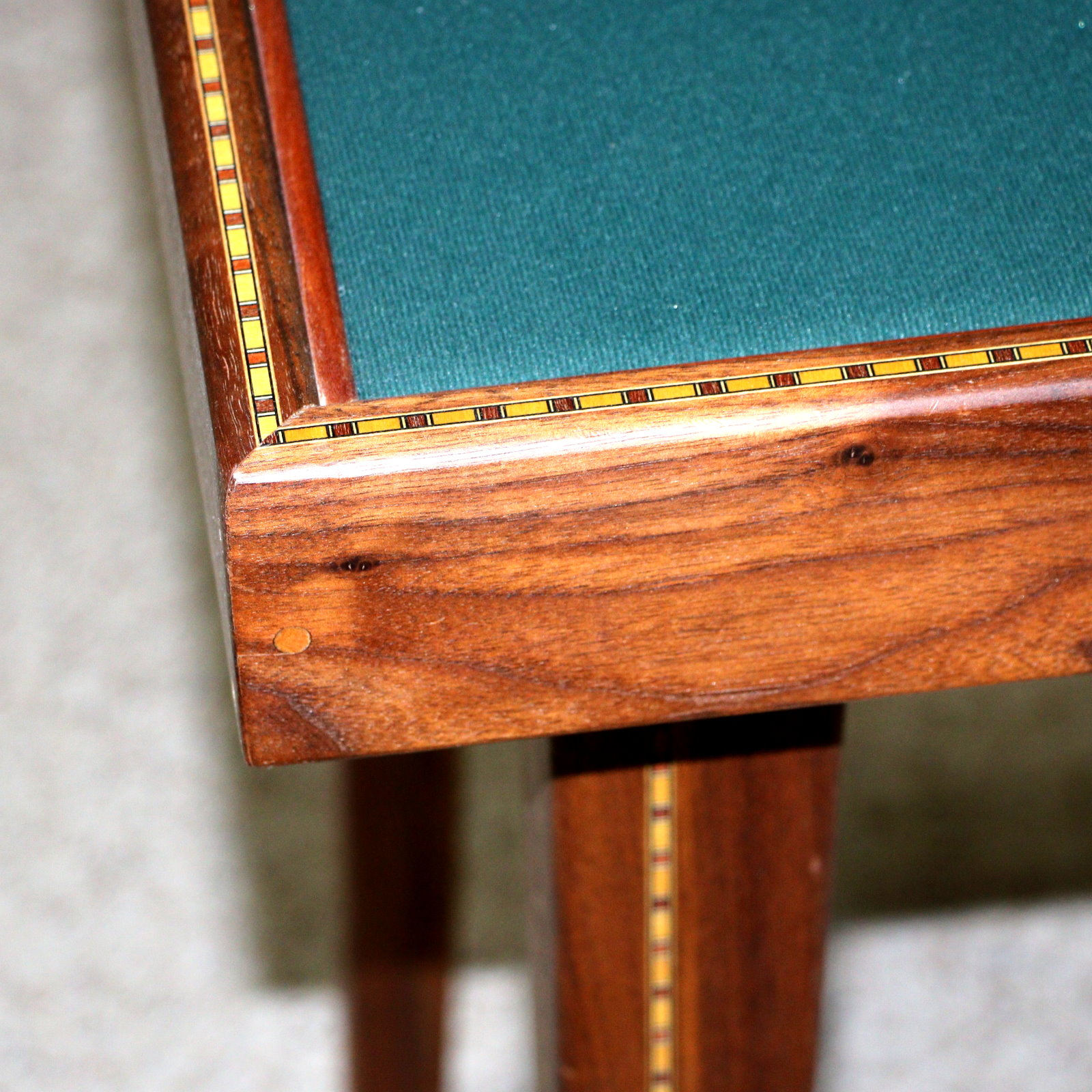 Close-up Table Version 2 by Jim Zee