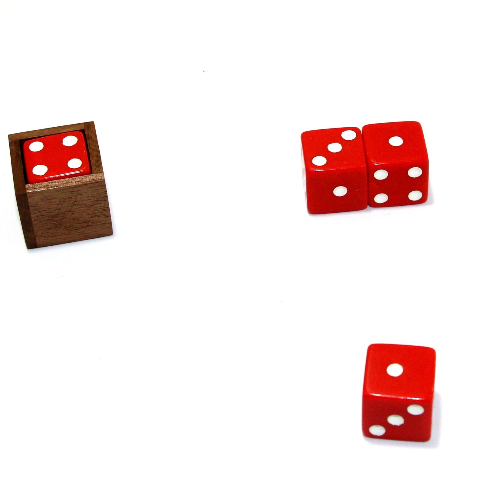 Jack Aviss Poker Pot by Louis Gaynor