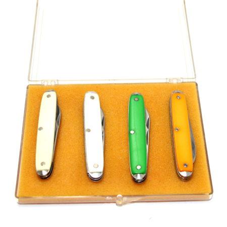 Color Changing Knives by Jose de la Torre