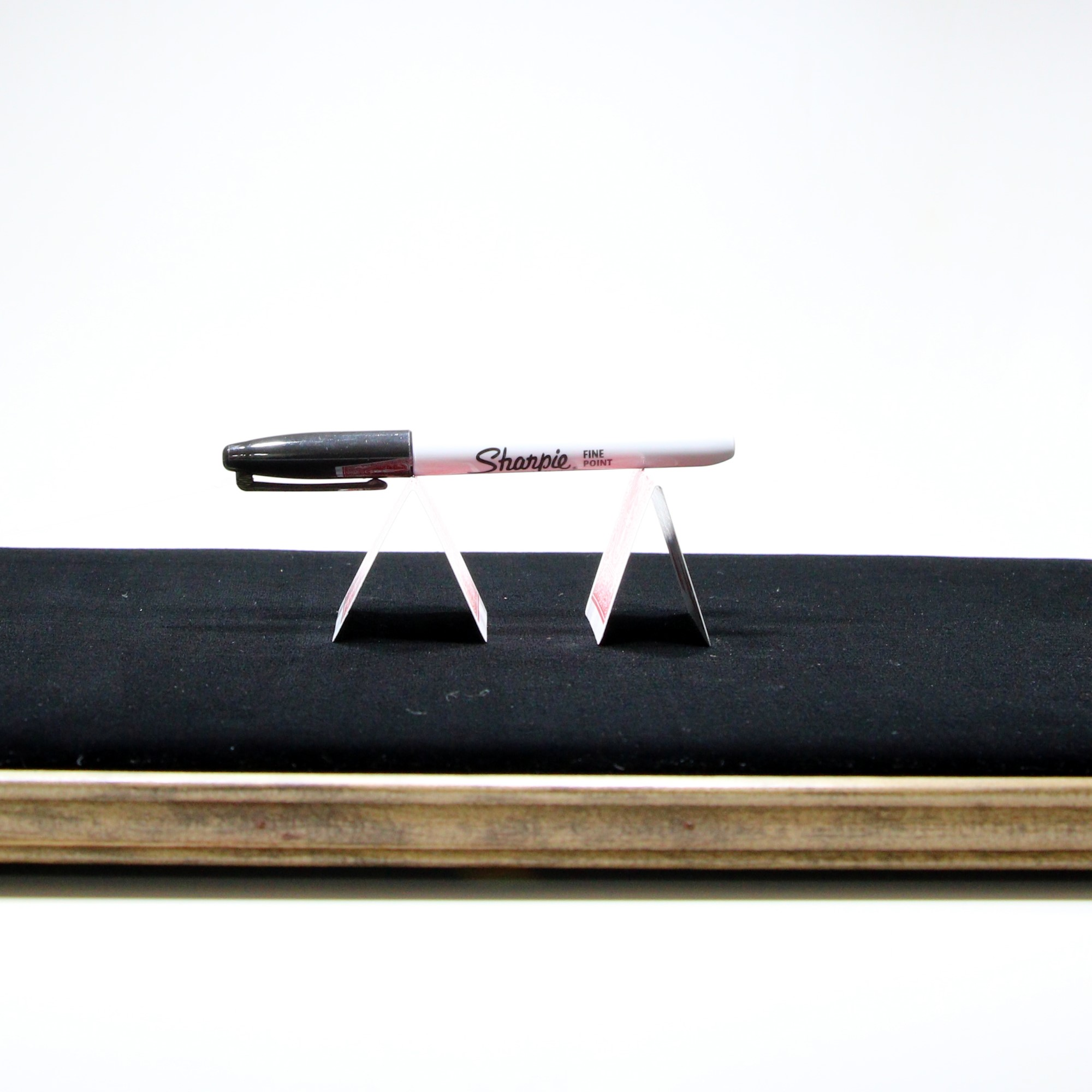 The NEW Incredible Floating Pen by Patrick Snowden, Kyle Elder