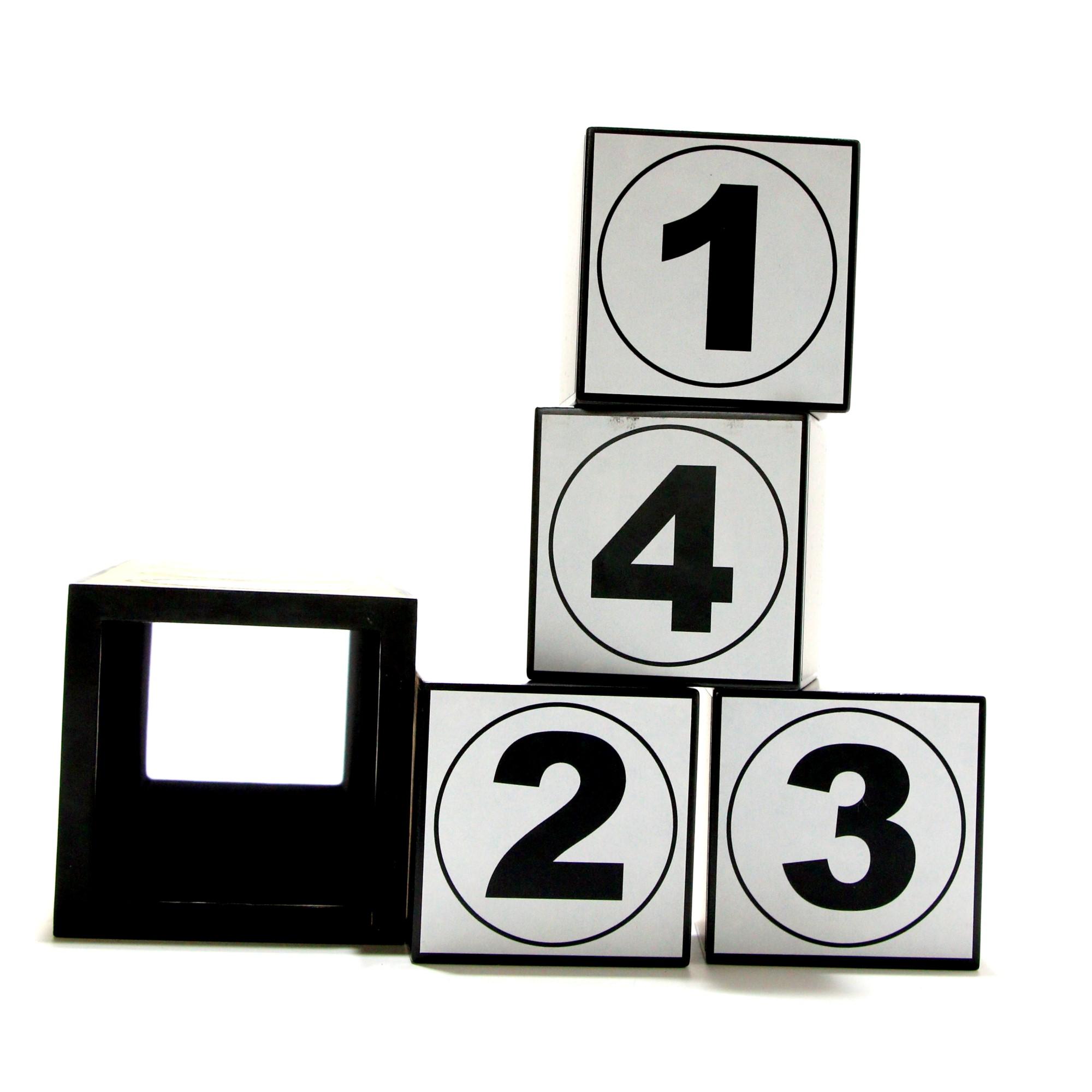 Cubes! by Oscar Rui, Caramba Magic
