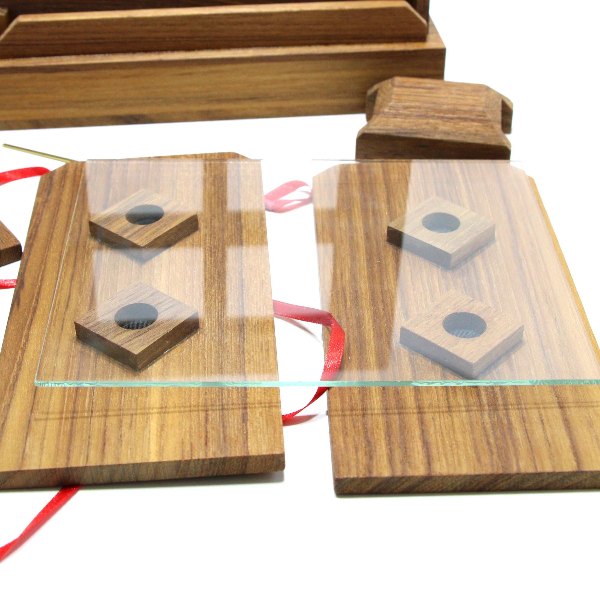 Atomic Glass Penetration by Magic Wagon