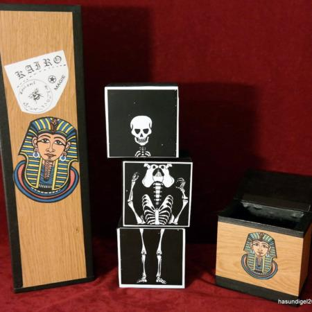 Skeleton in the closet (Skelett im Schrank) by Kairo
